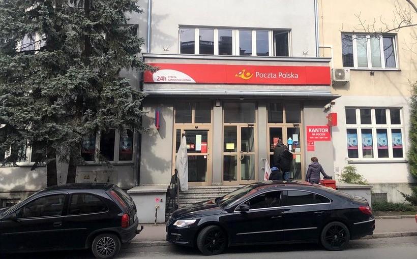 Poczta Polska przechowa przesyłki dla osób na kwarantannie