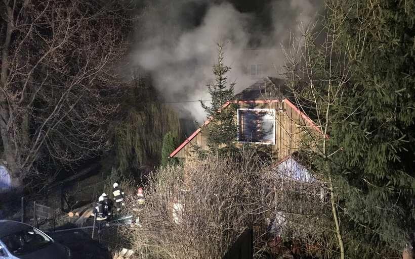 Pożar na osiedlu w Andrychowie. Był wybuch?