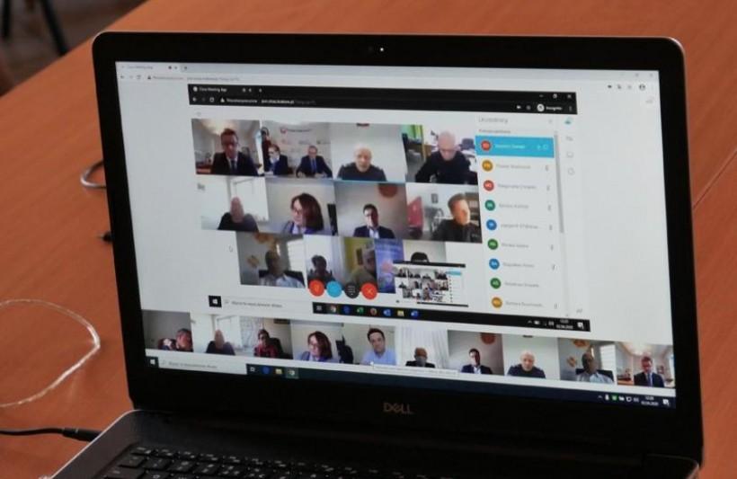 Wideo konferencja w starostwie