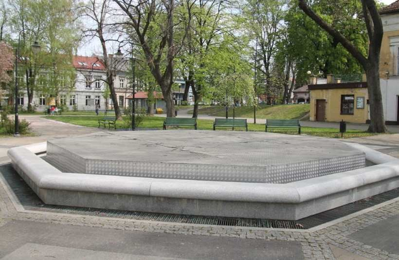 Jedna z fontann w Andrychowie