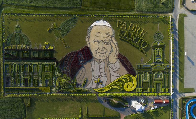Ogród Jana Pawła II w Inwałdzie to dobre miejsce, by uczcić urodziny papieża