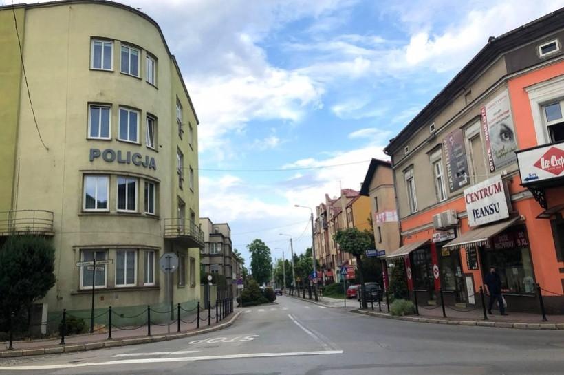 Ulica Sienkiewicza , skrzyżowanie z ulicą Lwowską