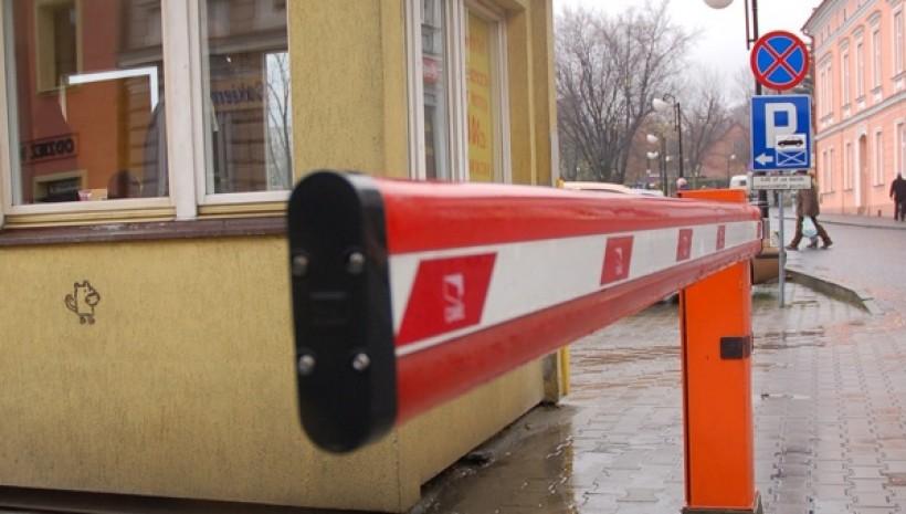Miasto chętnie odda parking na placu Kościuszki