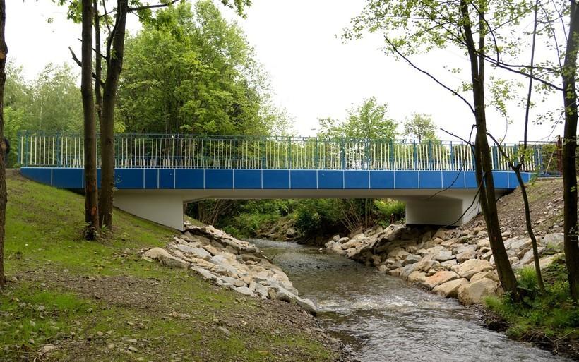 Burmistrz Kaliński dotrzymał słowa. W końcu odbudowano most na Choczence
