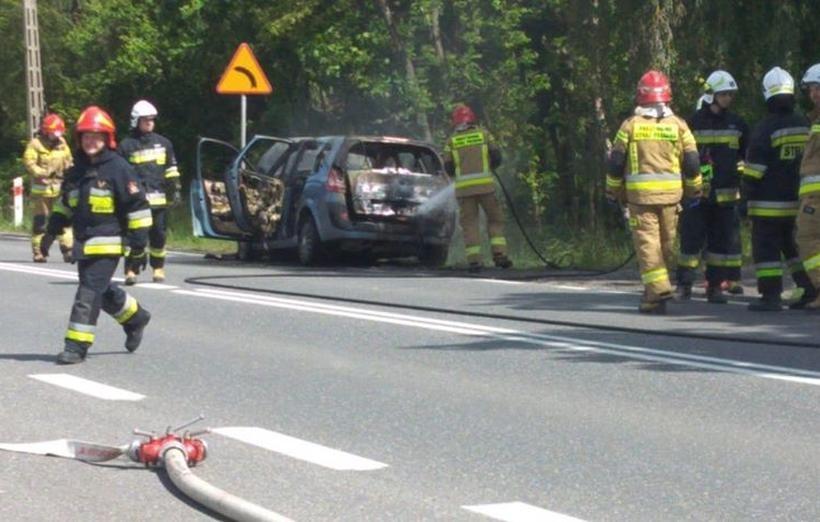 Pożar auta w Inwałdzie