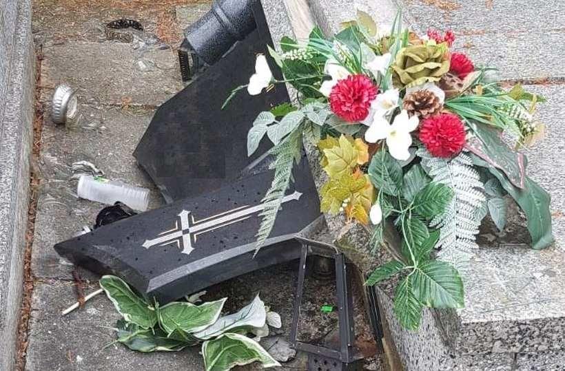 Zniszczył nagrobki na cmentarzu w Wysokiej. Grozi mu nawet 5 lat więzienia