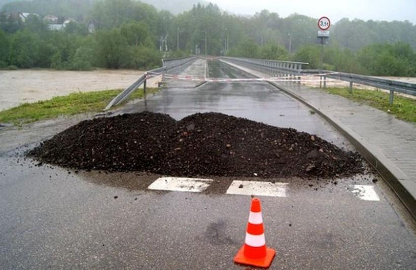 Pięć gmin powiatu otrzyma ponad 1,5 mln zł na usuwanie skutków powodzi