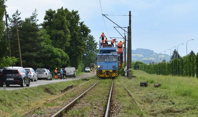 Rozpoczęli budowę nowego przystanku kolejowego w Wadowicach. Na miejscu minister Andrzej Adamczyk