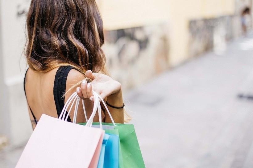 Jak Oszczędzać lub Zarabiać na Zakupach Online?