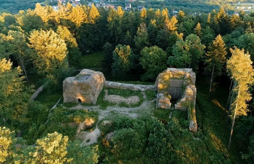 Miała być wspaniała atrakcja turystyczna. Co zostało z odnowy zamku w Lanckoronie?