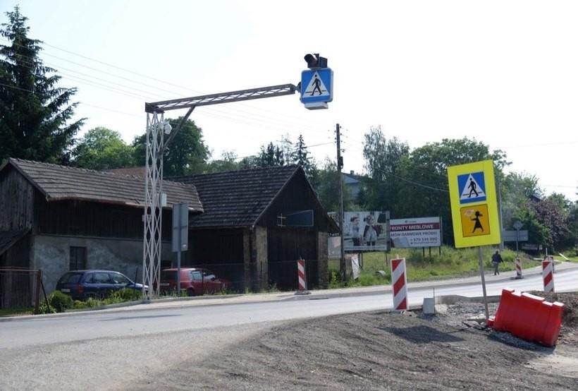 Udało się załatwić duży problem! Droga do szkoły w Kleczy Dolnej będzie bezpieczna