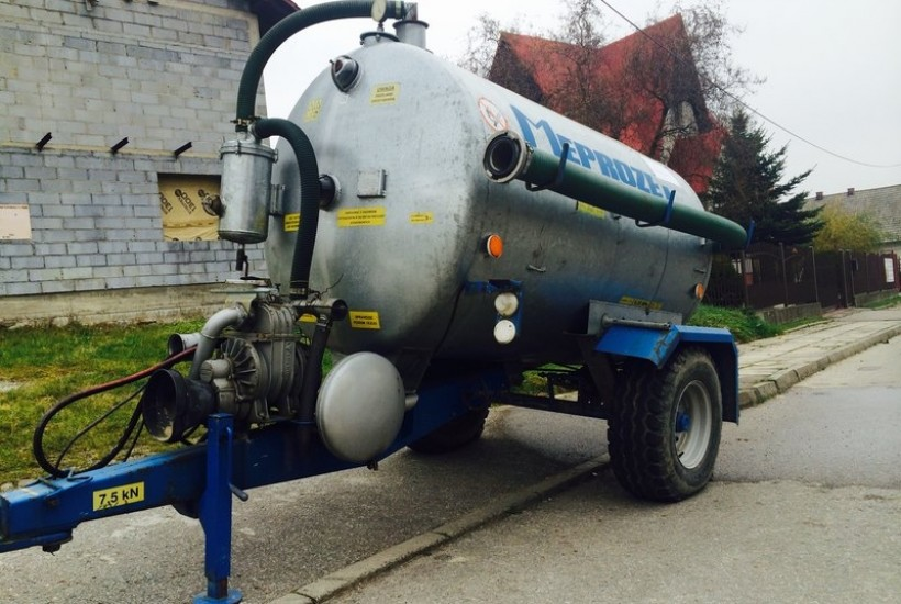 Ludzie w Stryszowie będą pić wodę z beczkowozu. Lokalne ujęcie skażone