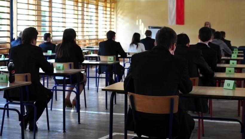 Maturzyści dowiadują się o wynikach egzaminów. Gdzie sprawdzić?