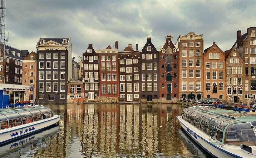 Nie możesz sam zorganizować przeprowadzki do Holandii? Skorzystaj z fachowych usług!