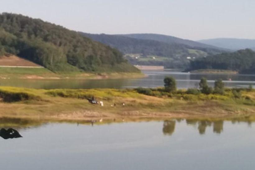 Sesja zdjęciowa z helikopterem na Jeziorze Mucharskim? Nowa moda