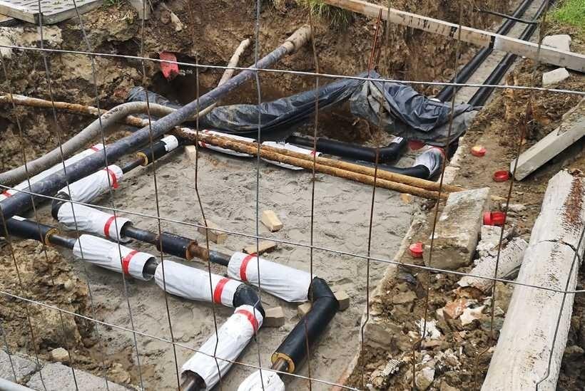 Wielka przebudowa linii ciepłowniczej w Wadowicach wstrzymana. Co się stało?