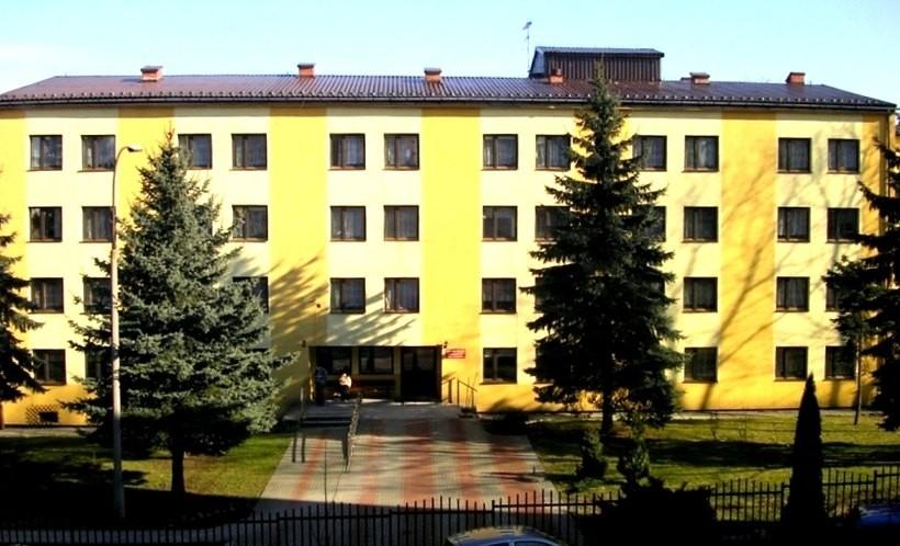 W DPS w Wadowicach sytuacja opanowana, w psychiatryku w Andrychowie wciąż badają