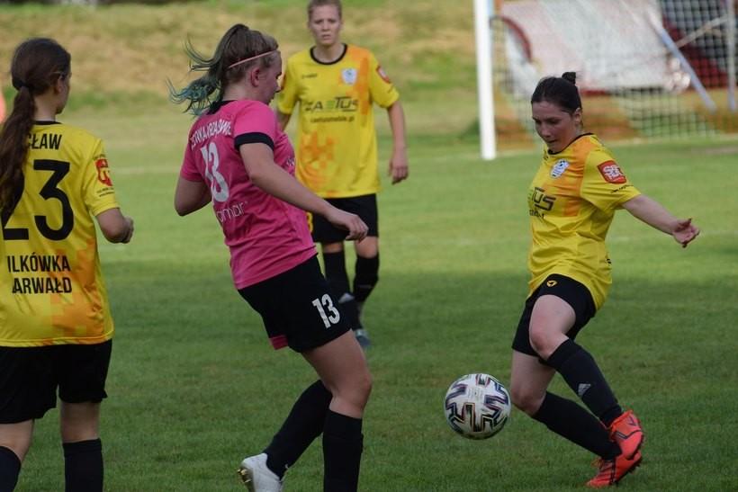 Wielkie zaangażowanie w kobiecych drużynach