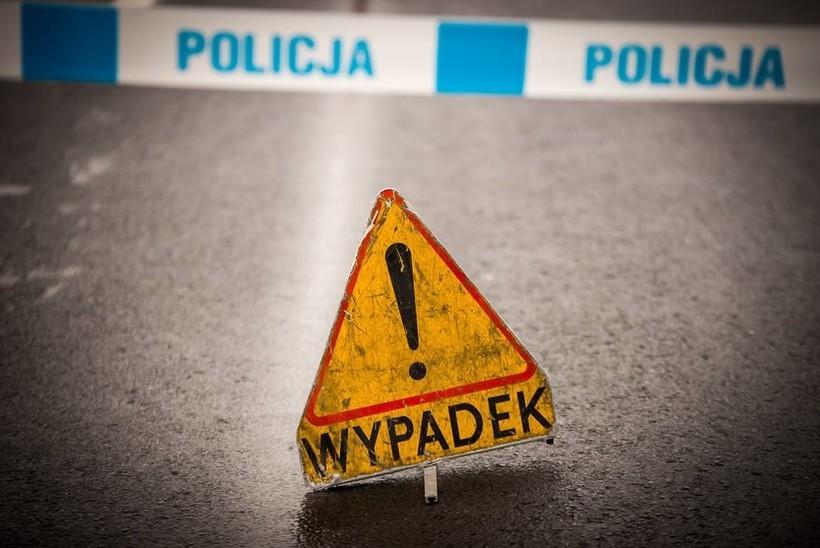 Potrącił dwóch chłopców na przejściu w Kalwarii i uciekł. Pirat odpowie  za kolizję
