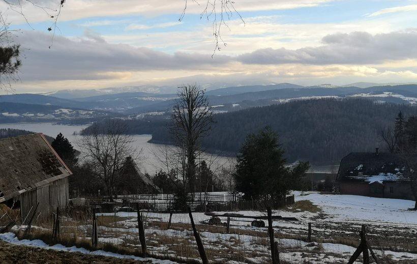 Zima nad Jeziorem Mucharskim