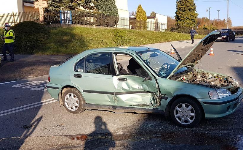 Zderzenie na skrzyżowaniu w Witanowicach. Utrudnienia w ruchu