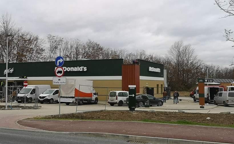 McDolands w Andrychowie przechodzi już odbiór techniczny. Otwarcie zbliża się wielkimi krokami