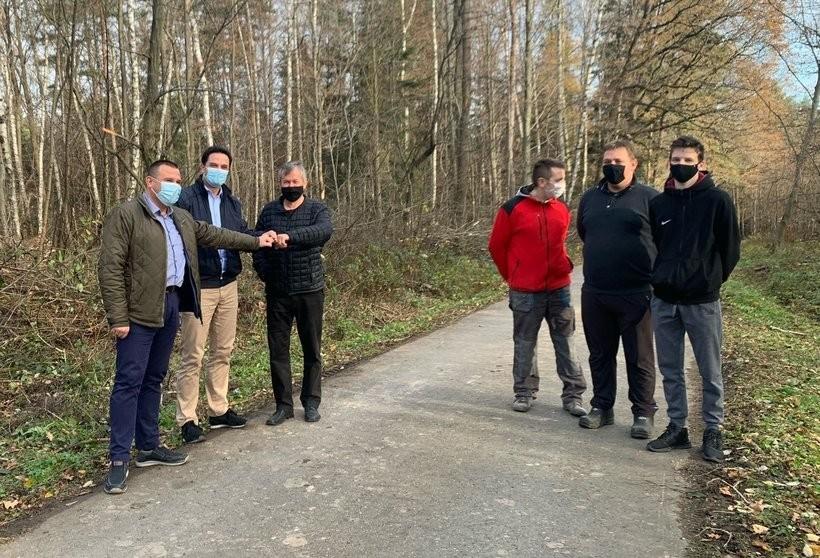 Tą drogą do Łękawicy nie dało się bezpiecznie przejechać. Przeszkadzała jedna rzecz