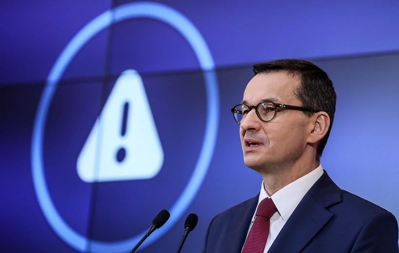 """Premier Morawiecki o pomocy dla gospodarki: """"Środki z nowej Tarczy już w najbliższych dniach"""""""