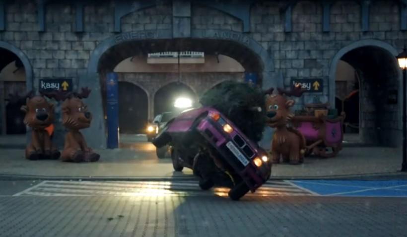 W Energylandii samochody ubrały choinkę. Film z akcji zrobił wrażenie?