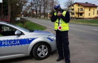 150 km na budziku przez Chocznię. Policja nie miała litości