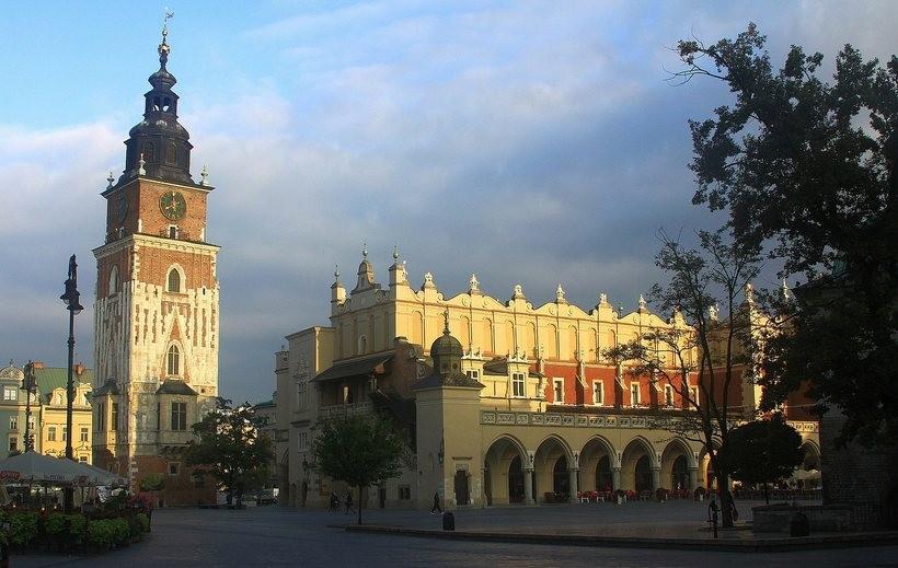 Praca w Krakowie - jacy specjaliści są poszukiwani?