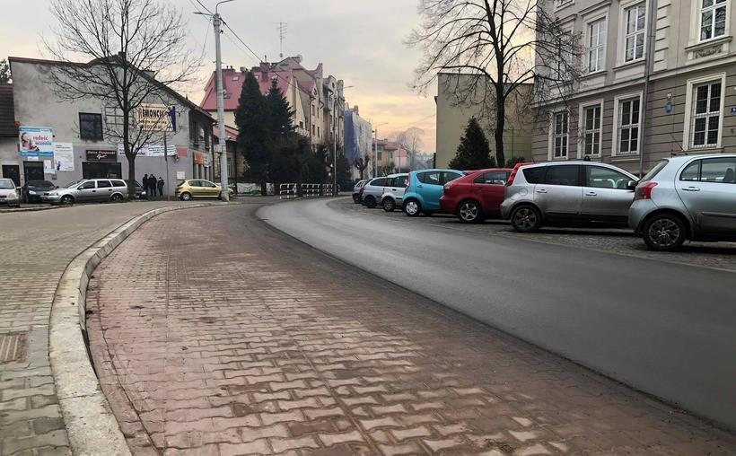 Remont ważnej ulicy w Wadowicach zakończony. Sienkiewicza odnowiona