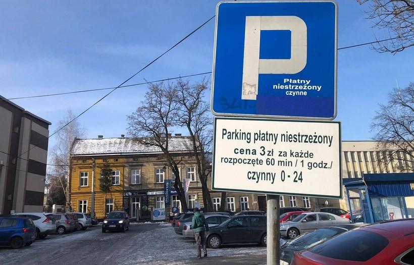 Opłaty za parkowanie w tym miejscu w Wadowicach nielegalne