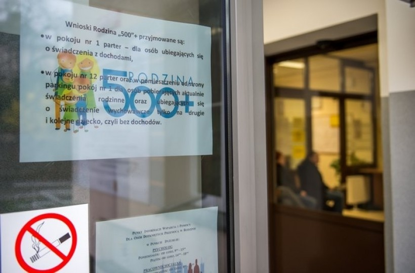 W Wadowicach rodzice chętni na 500 plus. Już co trzeci złożył wniosek o nowe wypłaty