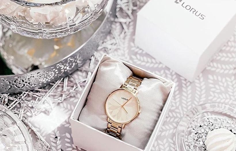 Jaki wybrać zegarek na Walentynki dla Niej?