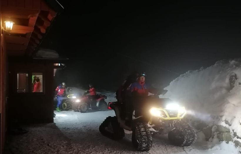 W nocy ratowali turystów na szczycie Babiej Góry. Ostrzegają przed wyprawami po zmroku