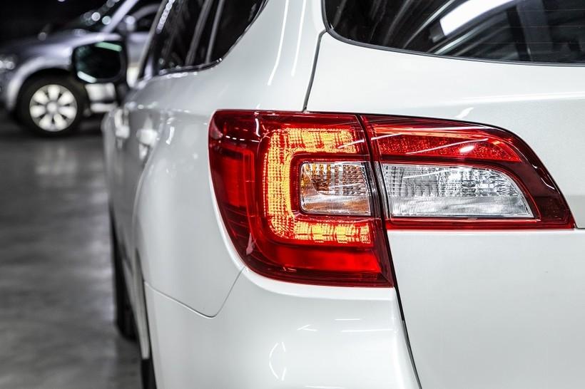 Rodzaje świateł w samochodzie