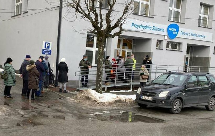 Pierwsze rejestracje do szczepień przeciw Covid-19 w Wadowicach