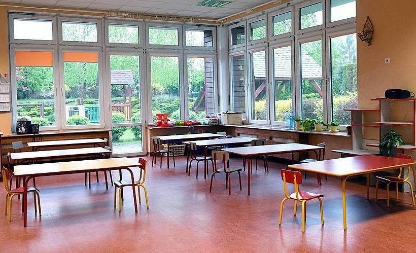 Od poniedziałku przedszkola pracują zdalnie. Szkoły nadal zamknięte