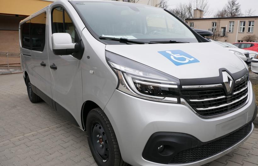 Urzędnicy z powiatu dowiozą starszych i niepełnosprawnych. Transport za darmo!