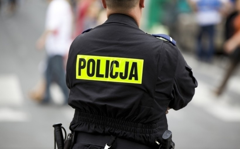 Zuchwały pirat drogowy nawijał policjantom z Wadowic makaron na uszy. Dali się nabrać?