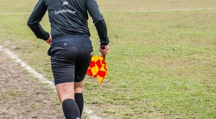 Lokalne ligi wracają na boiska. Będzie dużo absurdów i niespodzianek?