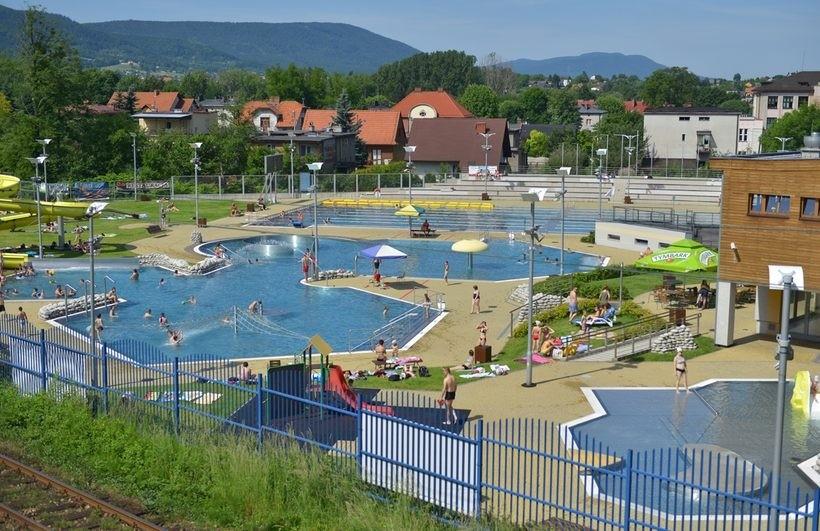Wkrótce ma się zrobić naprawdę ciepło. Kiedy otworzą odkryty basen w Andrychowie?