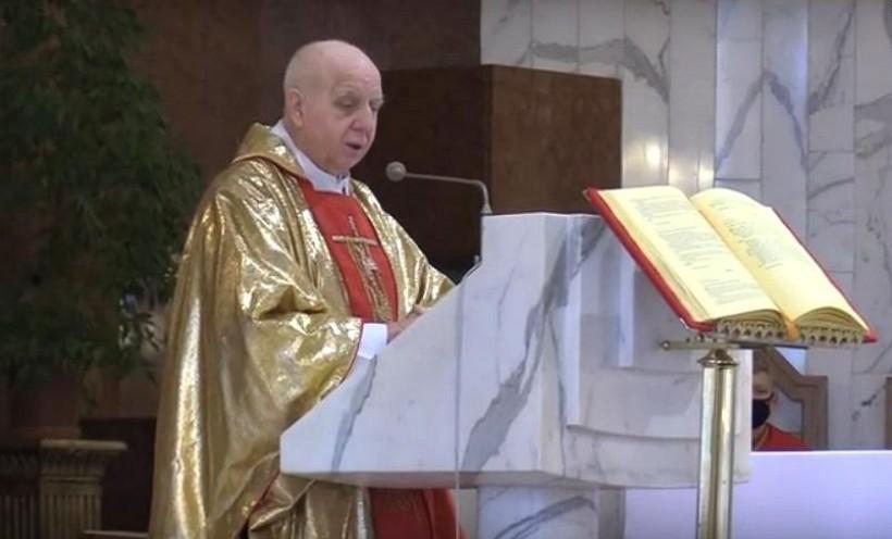 Ksiądz Tadeusz Kasperek choruje od dłuzszego czasu. Wierni są zaniepokojeni