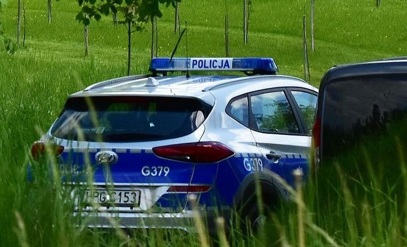 Prokuratura potwierdza szokujące fakty o morderstwie 47-letniej kobiety. Zabił ją siekierą