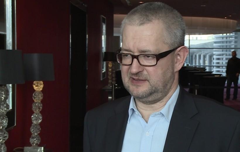 Łatwiej  konkurować z Anglikami, Irlandczykami czy Amerykanami, niż tutaj walczyć z układem, który na szczeblu lokalnym bywa mafią, czasami bardzo potężną - mówi Rafał Ziemkiewicz