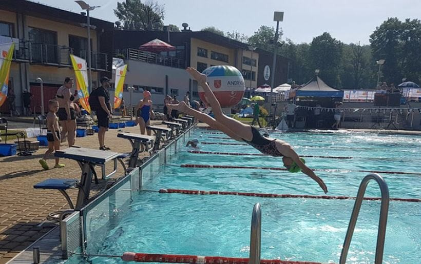 Odkryty basen w Andrychowie startuje, ale... w weekend zamkną go na jeden dzień