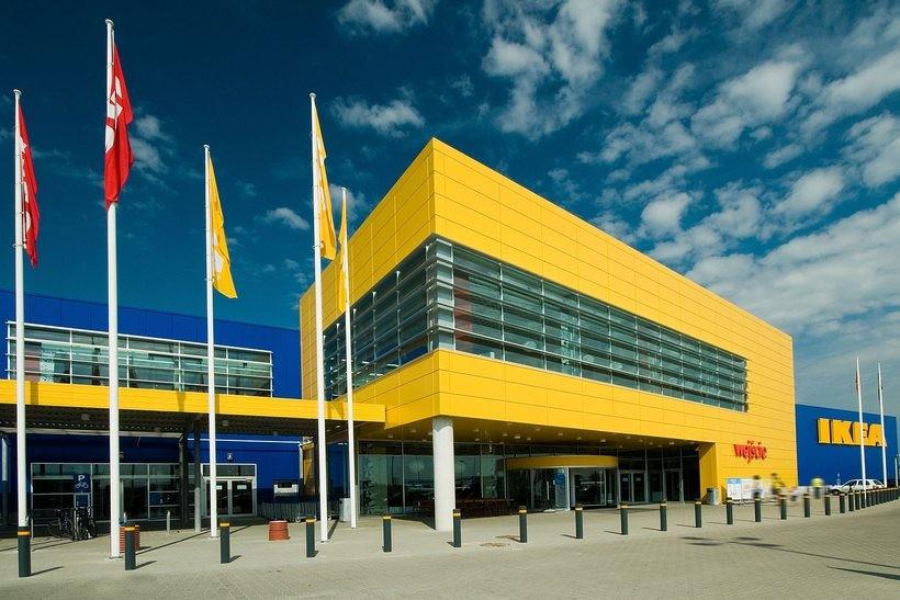 W Wadowicach ruszył pierwszy w regionie Mobilny Punkt Odbioru Zamówień IKEA
