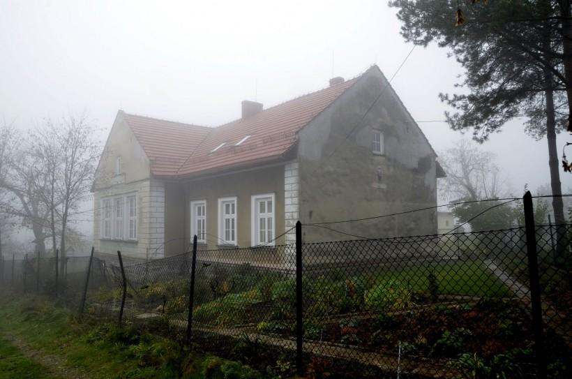 Jest pomysł na starą szkołę w Gorzeniu. Do tej pory straszyła, teraz ma się to zmieć