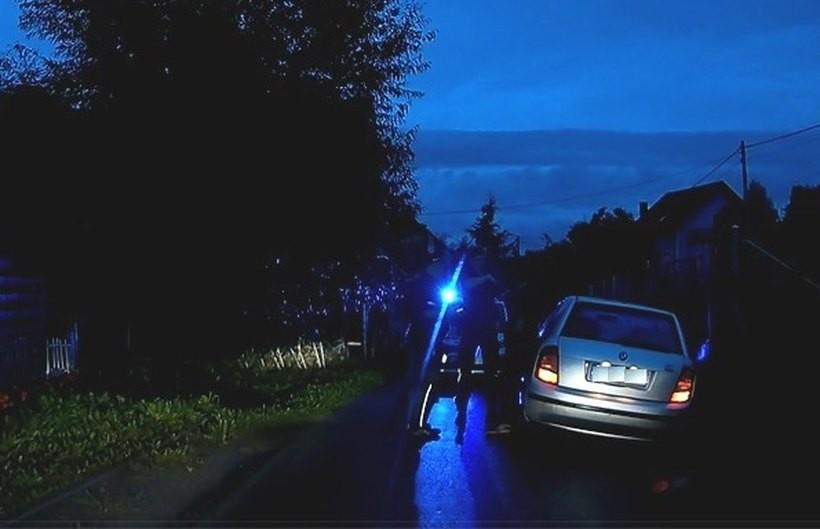 Policjant z Wadowic był już po służbie, gdy na jego oczach kierowca...